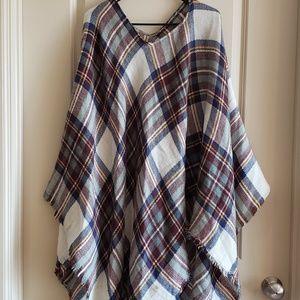 NWT Blanket scarf style poncho